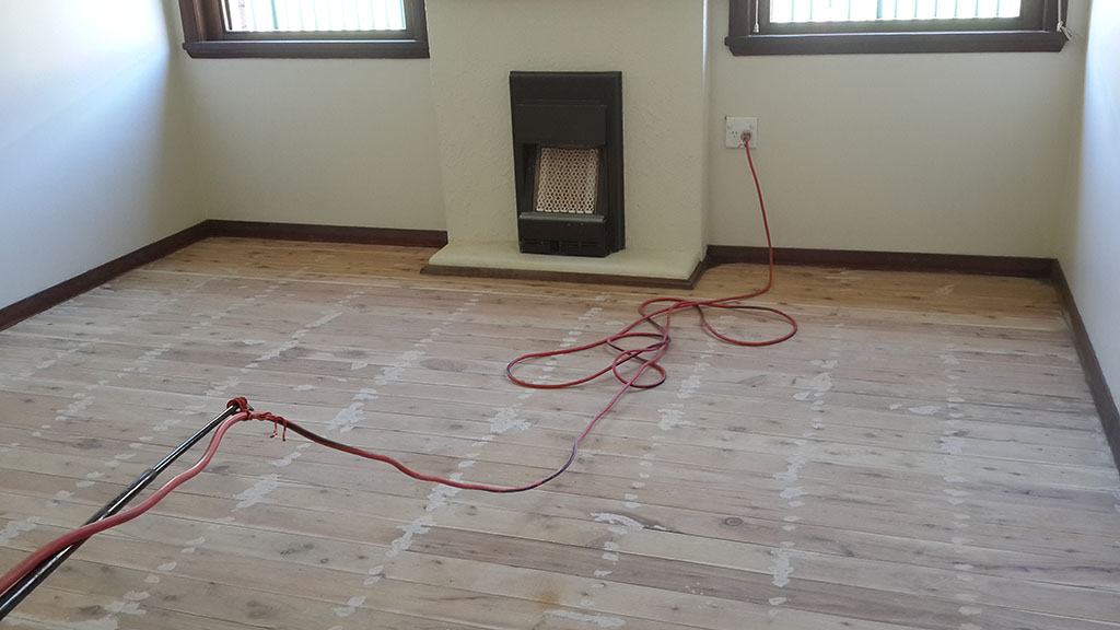 oiled floor boards_05.jpg
