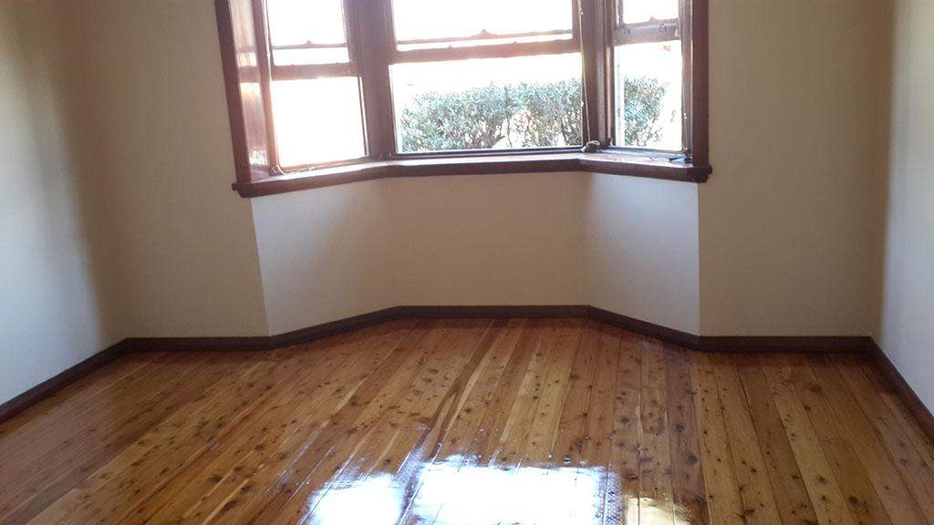 oiled floor boards_01.jpg