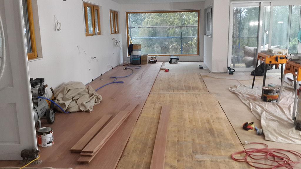 hardwood_floor_03.jpg